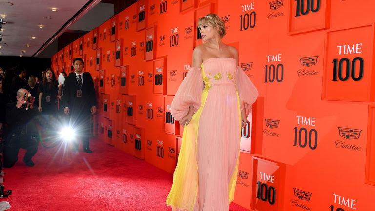 Taylor-Swift-time-100-gala-2019-a-billboard-1548-1600869165-768x433.jpg
